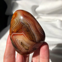 Load image into Gallery viewer, Sardonyx Palm Stones
