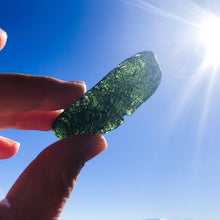 Load image into Gallery viewer, Rare Large Moldavite