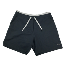 Load image into Gallery viewer, Nike Shorts - Woman/Small