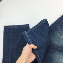 Load image into Gallery viewer, Levi's Denim Jeans 501 - W33 L32