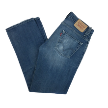 Load image into Gallery viewer, Levi's Denim Jeans 506 - W31 L32