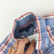 Load image into Gallery viewer, Tommy Hilfiger Basic Shirt - Large
