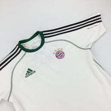 Load image into Gallery viewer, Adidas x Bayern München Sport T-Shirt - Small