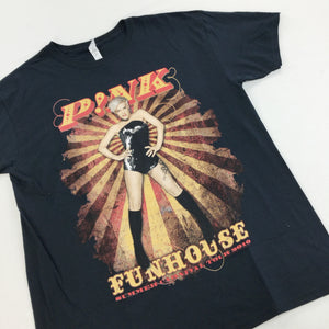Pink Funhouse Tour T-Shirt 2010 - Large