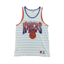 Load image into Gallery viewer, New York Knicks Top - Medium