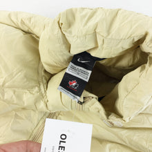 Load image into Gallery viewer, Nike Canada 2012 Puffer Gilet - Large