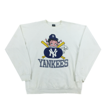 Load image into Gallery viewer, New York Yankees Graphic Sweatshirt - Medium