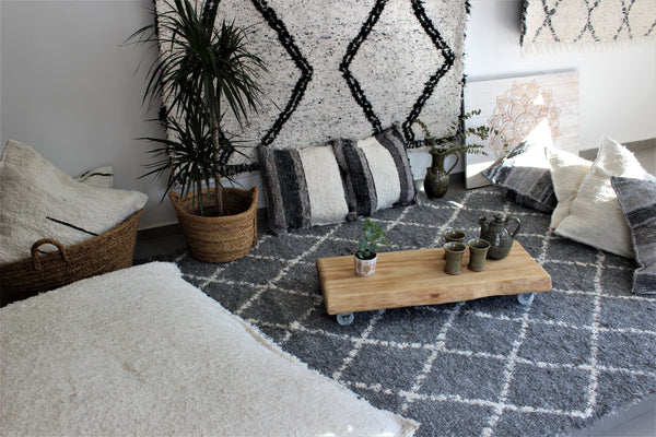 Grey white Berber inspired thick eco rug handmade in Andalucia using recycled cotton - grey side