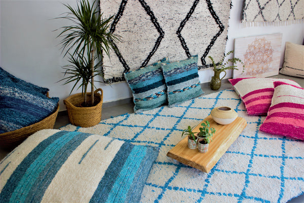 Turquoise Berber inspired thick eco rug handmade in Andalucia perfect to chillout in style with fatboys - Cream side