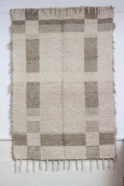 Beige Granada thick eco rug handmade in Andalucia - off-white side