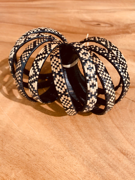 Lauhala Bracelet (5 Strand) Black w/ Natural Design