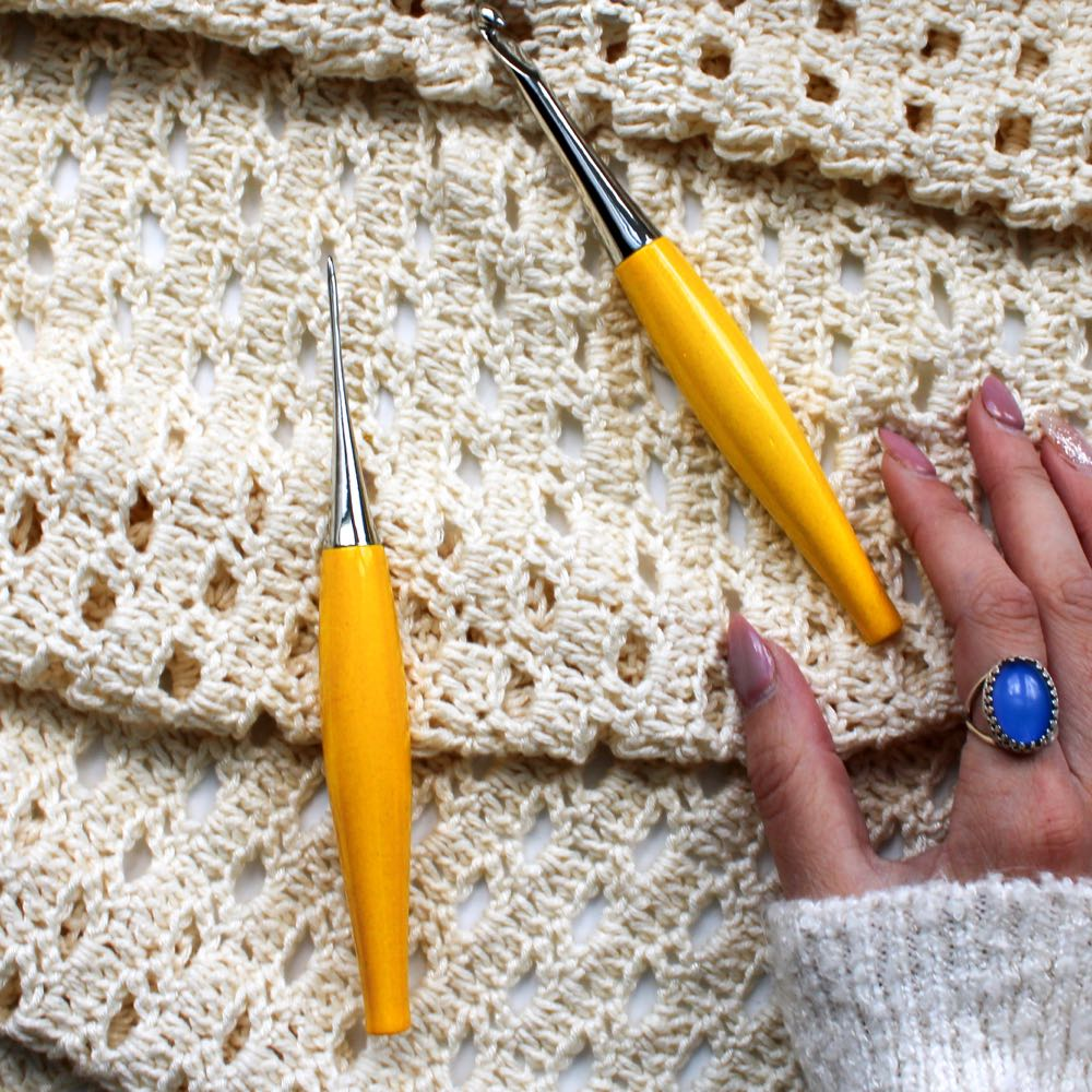 ergonomic crocheting with furls odyssey