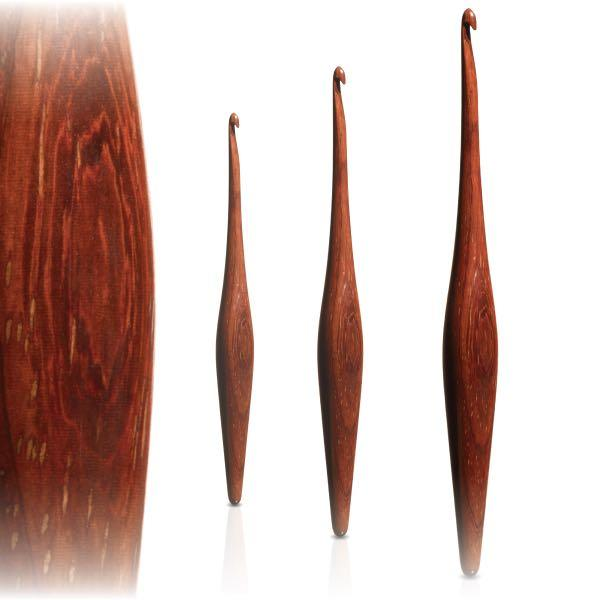 Furls Padauk Streamline - Ergonomic Wooden Crochet hooks FurlsCrochet Padauk - 3.75mm ( F )