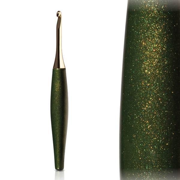 Furls Odyssey Gold Crochet Hook - Forest