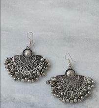 Load image into Gallery viewer, Boho Fan Earrings Marigold Lane New Zealand