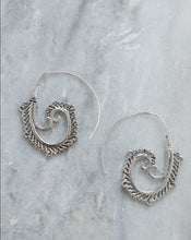 Load image into Gallery viewer, Kiwiana Spiral Earrings