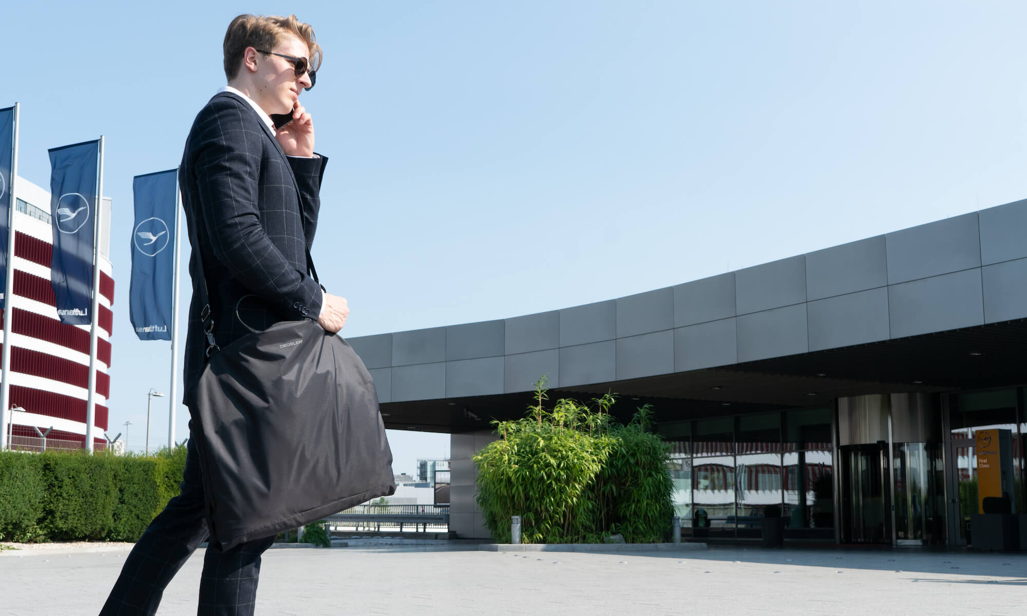 Packing a Suit made easy: The Solution to traveling with a Suit!