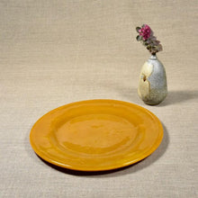 Load image into Gallery viewer, Mustard Dinner Plate