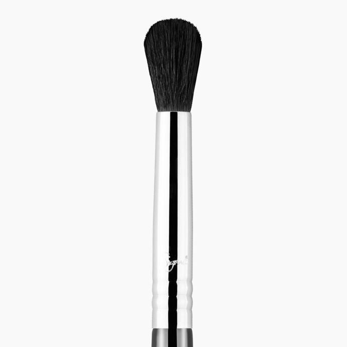 !Sigma E38 Diffused Crease Brush
