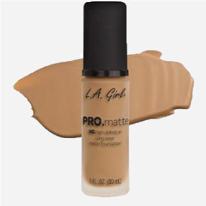 L.A. Girl PRO Matte Foundation (Medium Beige)