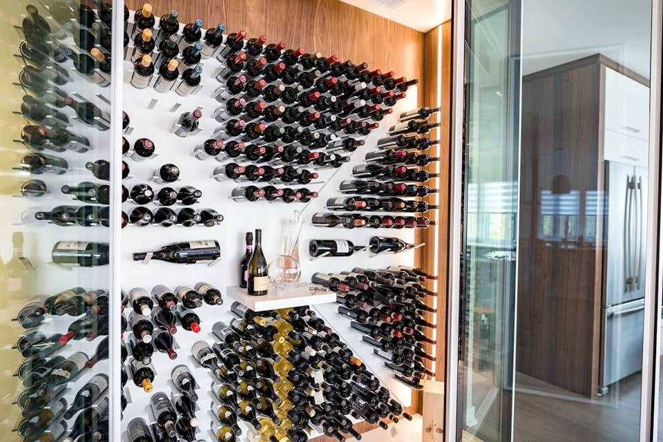 air tight glass wine cellar