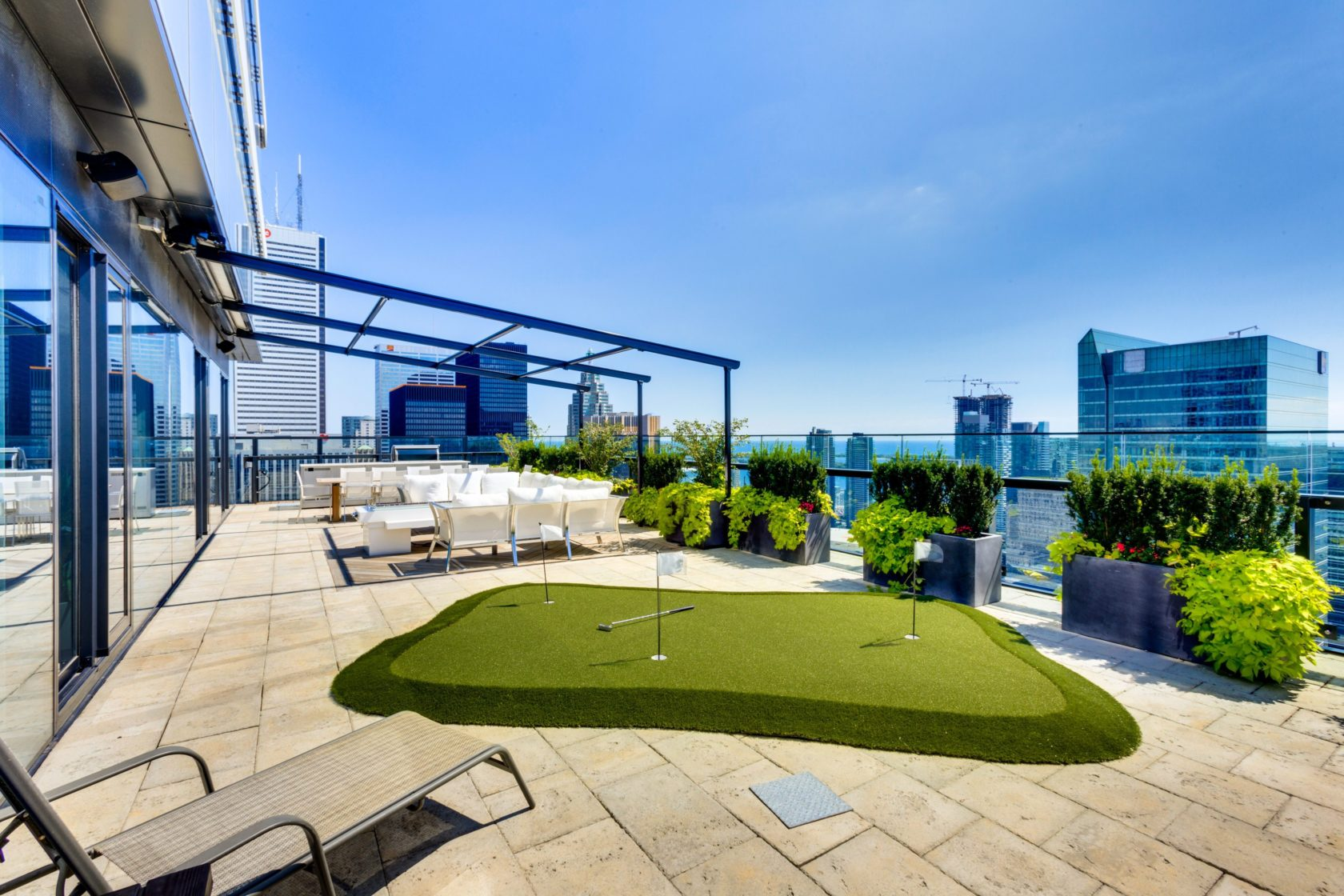 rooftop putting green
