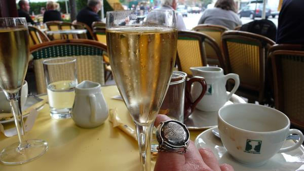 Thinking Champagne in Paris