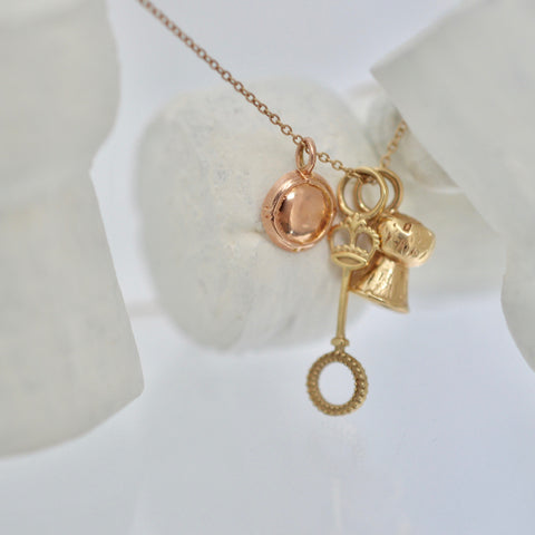I Love Bubbles Necklace in Gold