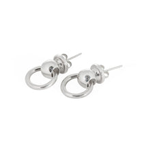 Champagne Bucket earrings in silver by Laura Lobdell