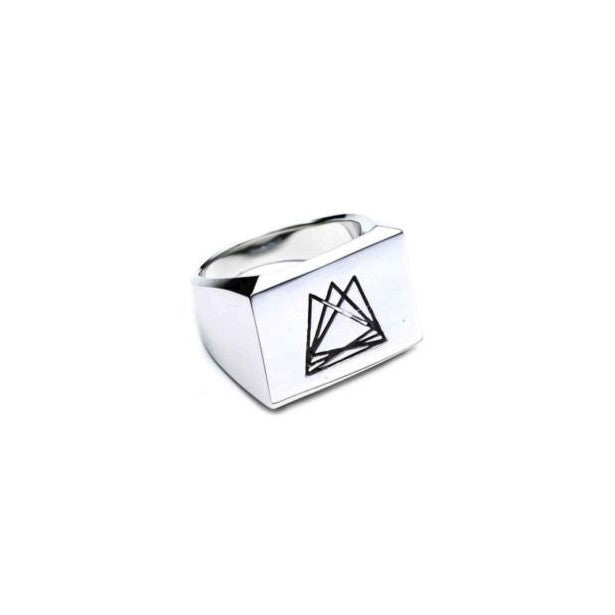 HEDRON SIGNET RING - SILVER PLATED BRASS