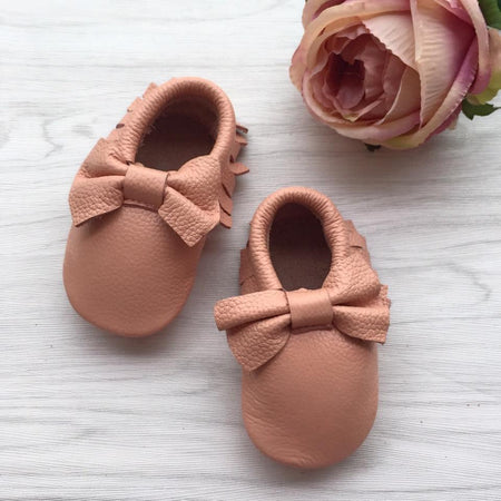 Little Caleb:  Leather Moccasins (Bow Blush)