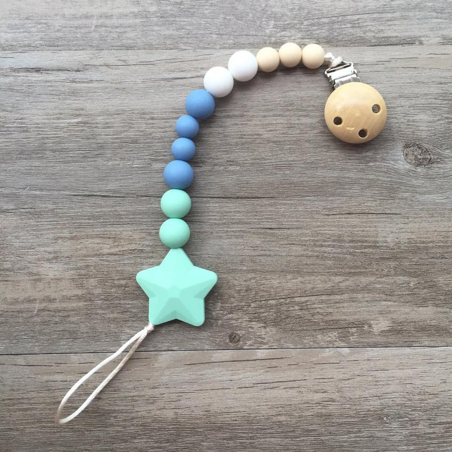 Little Caleb: Star Pacifier Clip (Green)