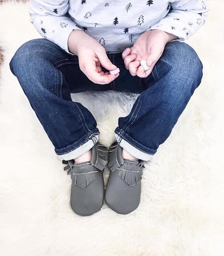 Little Caleb: Leather Moccasins (Dark Grey)