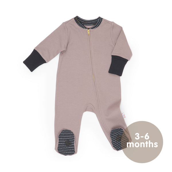 Long-Sleeved Zipped Onesie (Spot the Dots - Grey)