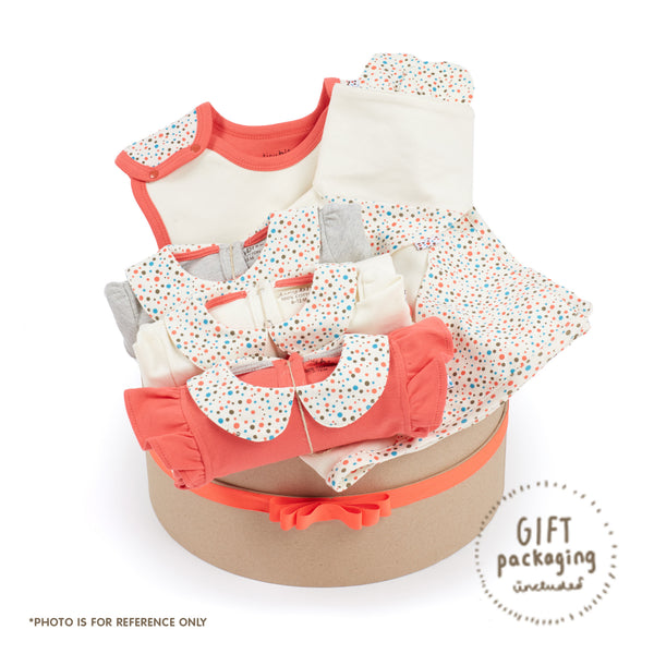 Growing Kit for 3-Month Old Winter Baby Girls - Essential 7-Piece Set (Tiny Dots)
