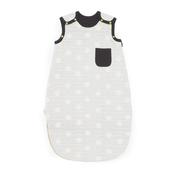 Growing Kit for Newborn Winter Babies - Essential 7-Piece Set (Spot the Dots)