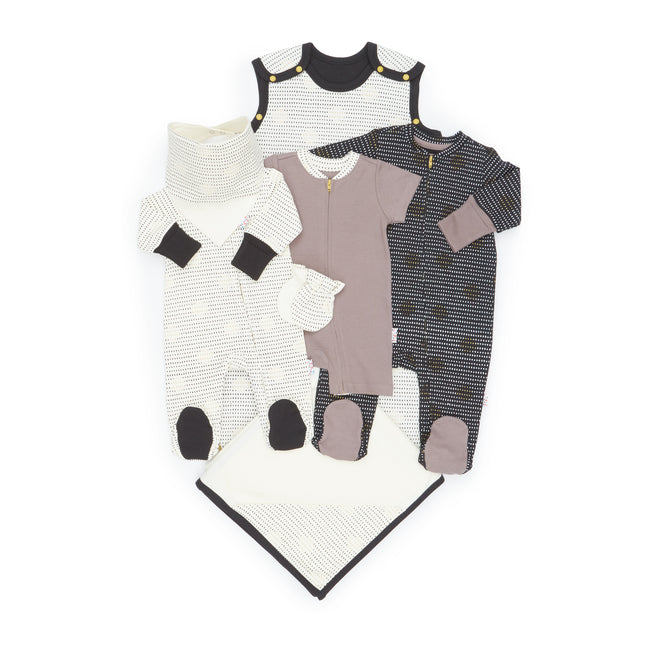 Winter Growing Kit for Newborn Babies - Essential 7-Piece Set (Spot the Dots)