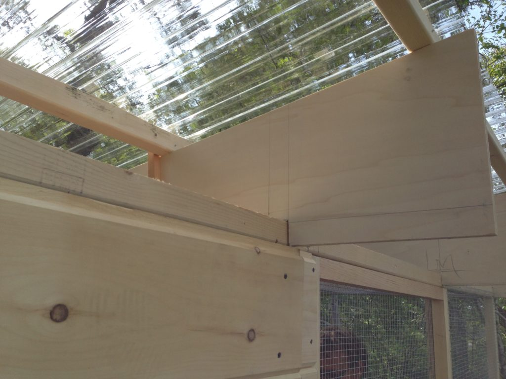 Chicken coup roof.