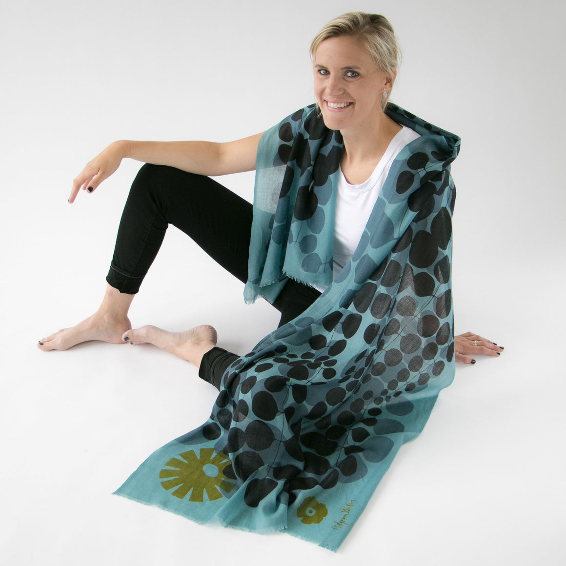 Scarf Echo escape - PilgrimWaters | designer & makers