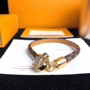 Leather Bracelet with Lock - Euforia Jewels