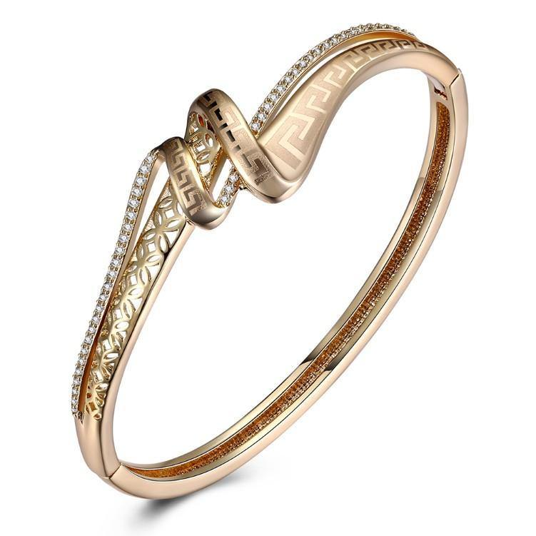 Swarovski Crystal 18K Gold Plated Iception Twist Bangle - Euforia Jewels
