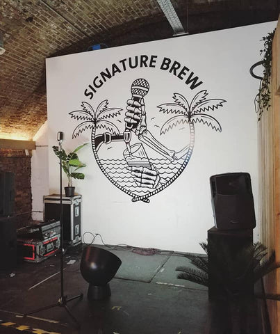 Signature Brew Taproom & Venue, Stage And Mural