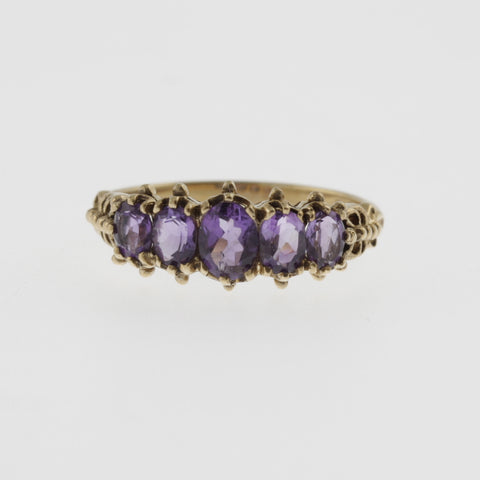 5 oval amethyst vintage style yellow gold detailed band ring