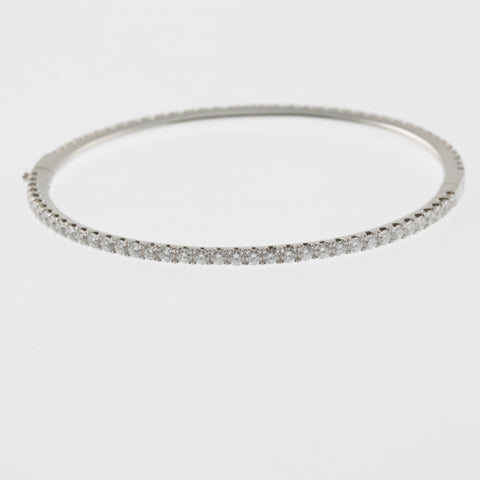 Diamond round bangle