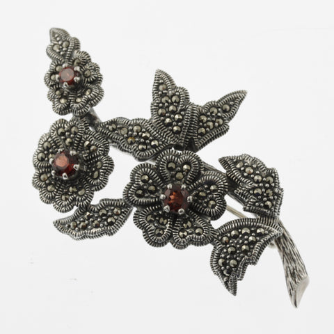 Jewelled flower brooch