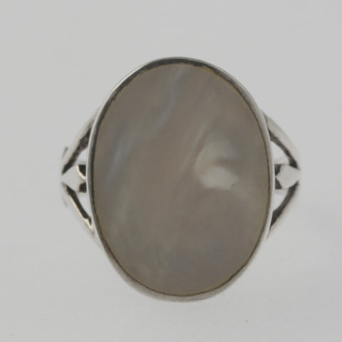 Mother of pearl oval sterling silver ring