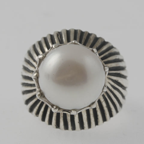 Pearl striped sterling silver ring