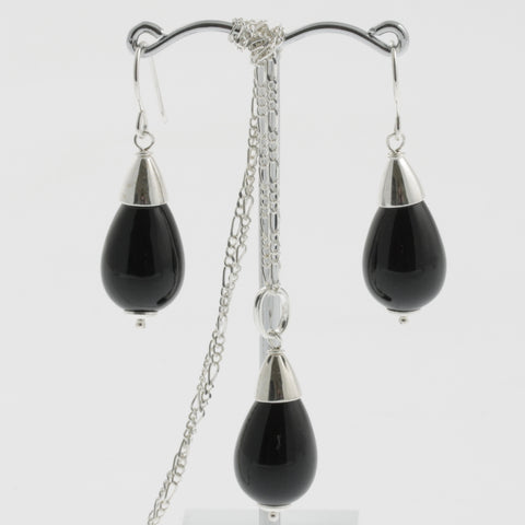 Shell earring, pendant and chain set in black, drop with silver caps