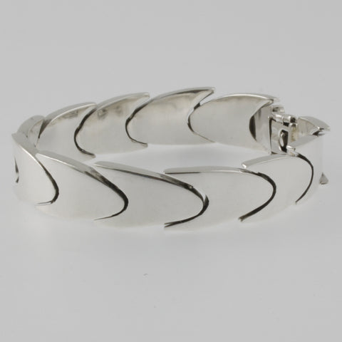 Smooth scales mexican silver bracelet