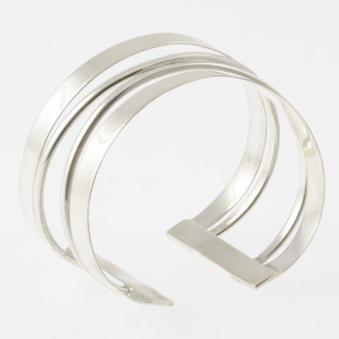 Twisted bands silver bangle
